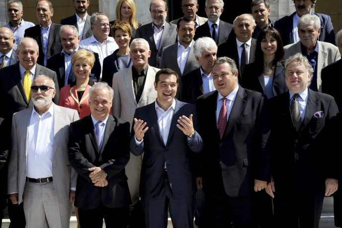 A Athènes, le premier ministre Alexis Tsipras doit présenter lundi son programme de politique générale pour les quatre prochaines années devant les parlementaires.