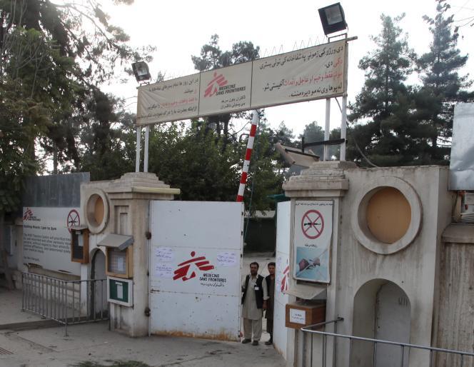 A Kunduz, l'entrée de l'hôpital Médecins Sans Frontières (MSF).