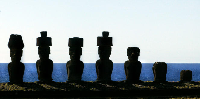 Les Moaï, statues qui font la célébrité de l'Île de Paques, dans le Pacifique. STR New / Reuters