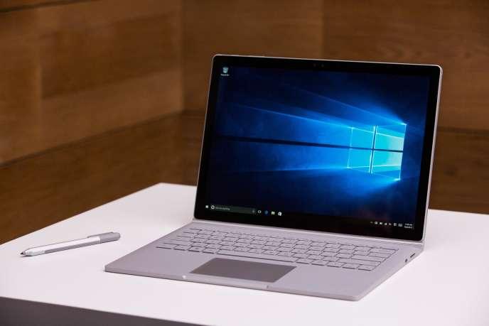 Le Surface Book est le premier PC construit par Microsoft.