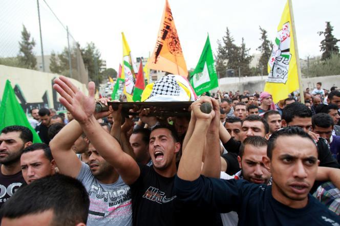 Funérailles d'un Palestinien de 13 ans tué par les forces de l'ordre israéliennes, le6octobre2015 à Bethléem.