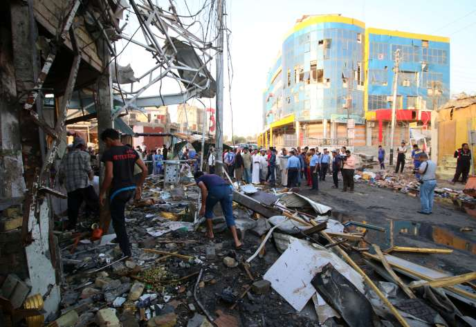 Photo prise après un attentat dans une province chiite du sud de l'Irak, le 6 octobre, revendiqué par l'EI.