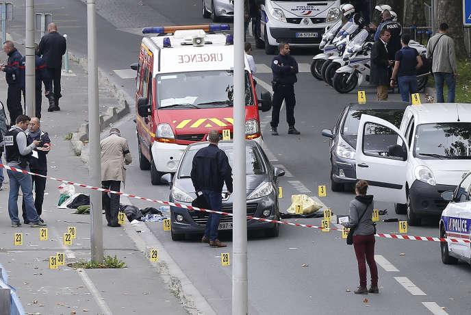Sur les lieux de la fusillade à l'Ile-Saint-Denis le 5 octobre 2015.