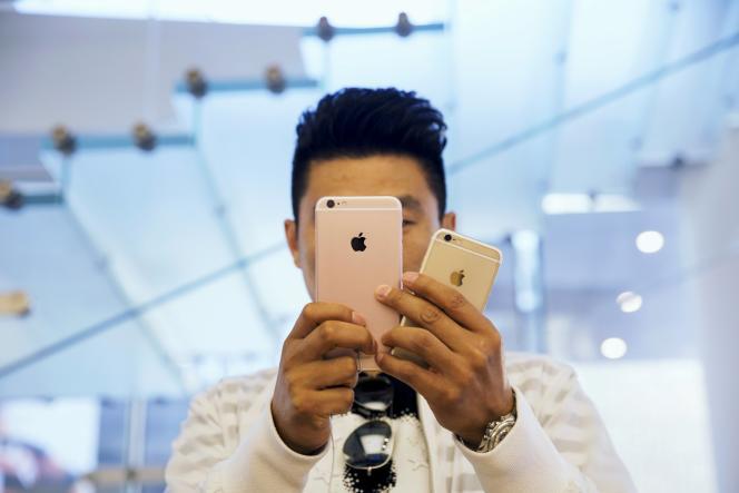 A l'Apple store de Pékin, le 25 septembre.