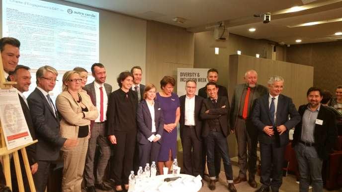 Mardi 6 octobre, BNP Paribas a signé, en présence de Roselyne Bachelot, la charte d'engagement LGBT de l'association professionnelle L'Autre Cercle.