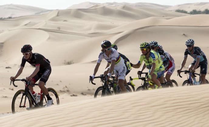 La course d'Abou Dhabi  a débuté jeudi 8 octobre.
