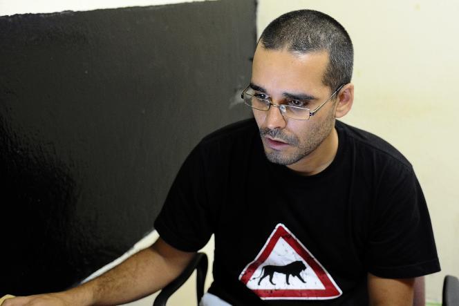 Le militant-rappeur Luaty Beirao à Luanda en août 2012.