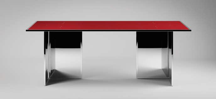 La table Mutante par Jean Nouvel, au plateau réversible et aux pieds modulables.