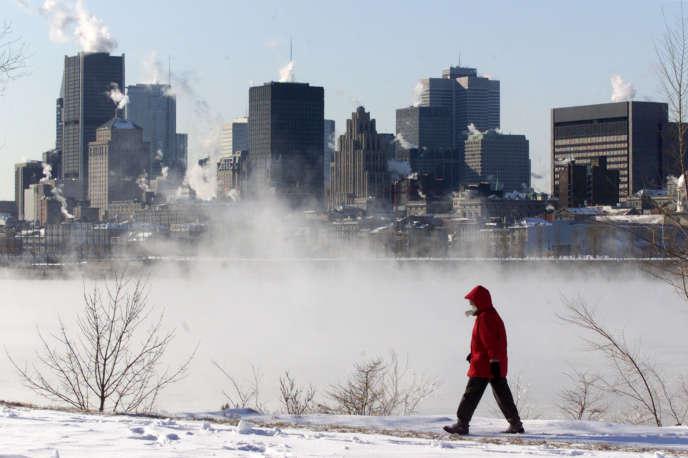 Dans la région de Montréal en particulier, le bilinguisme est très généralement exigé par les employeurs.