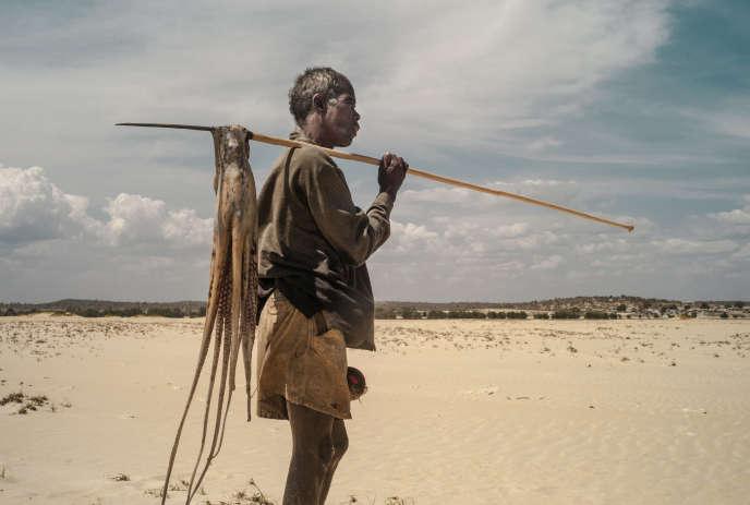 Un pêcheur de la région de Tuléar, dans  le sud de l'île.