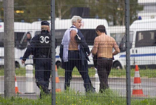 Plusieurs centaines de salariés ont fait irruption lundi5octobre dans la réunion du comité central d'entreprise, et Xavier Broseta et  Pierre Plissonnier, deux dirigeants, ont été molestés.