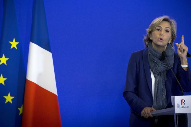 Valérie Pécresse, tête de liste en Île-de-France pour les élections régionales de 2015, lors d'un discours au siège des Républicains, le 10 octobre 2015.