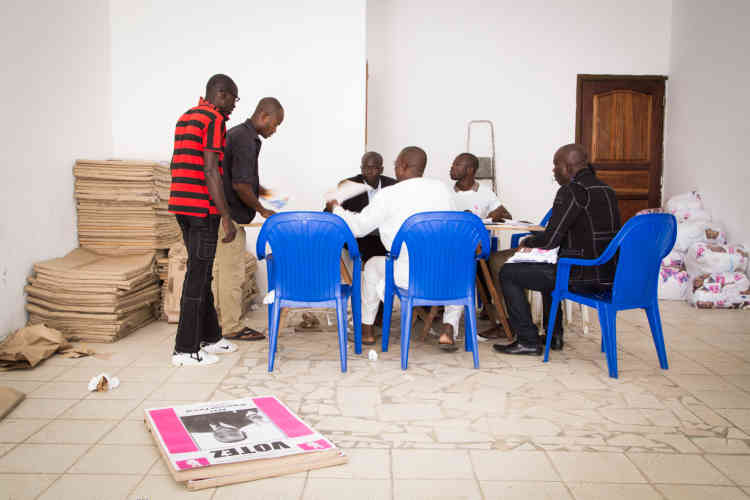 A Cocody Attoban, le siège des partisans d'Affi N'Guessan, l'un des huit candidats à la présidentielle ivoirienne. Abidjan, 9 octobre 2015.