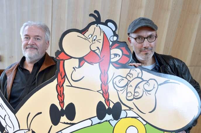 Le dessinateur Didier Conrad (à gauche) et le scénariste Jean-Yves Ferri, en 2015.