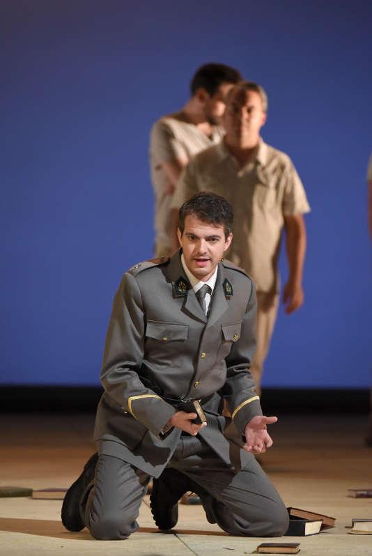 """Philippe Jaroussky, dans """"Theodora"""" de Haendel, au Théâtre des Champs-Elysées."""