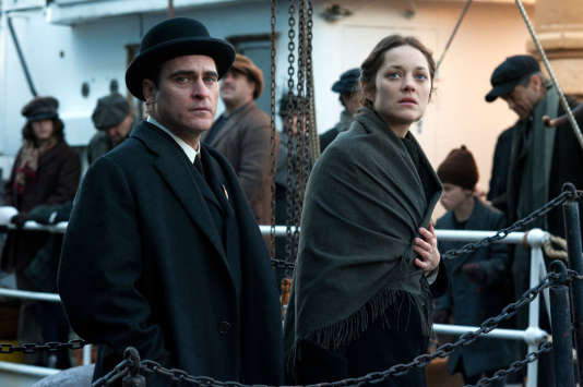 "Joaquin Phoenix et Marion Cotillard dans le film de James Gray ""The Immigrant""."