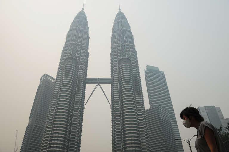 Les deux tours Petronas à Kuala Lumpur en septembre 2015.