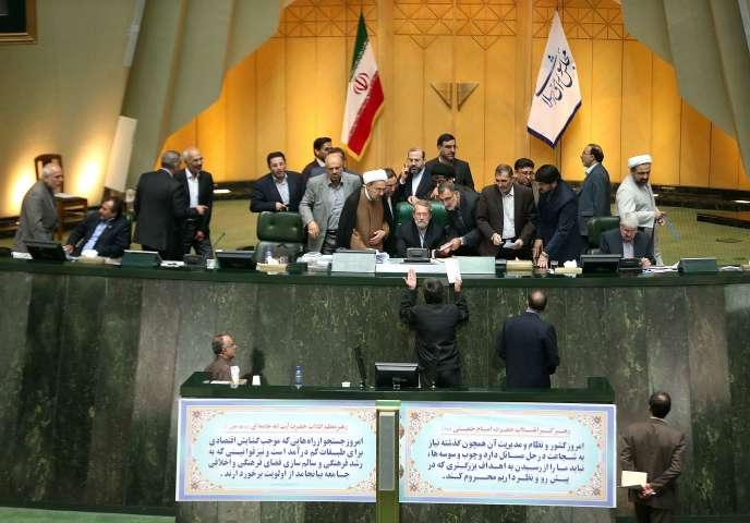 Au Parlement iranien, à Téhéran, le 13 octobre.
