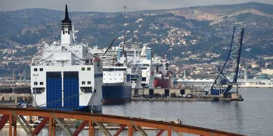 La section de la Confédération générale du travail à la Société nationale maritime Corse Méditerranée qualifie le lancement de la compagnie Corsica Linea «d'entrave au service public».