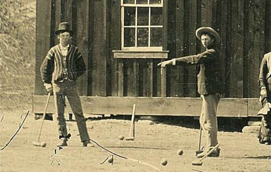 Billy the Kid serait le personnage de gauche sur la photo datant de 1878 et prise dans une ferme du Nouveau-Mexique.