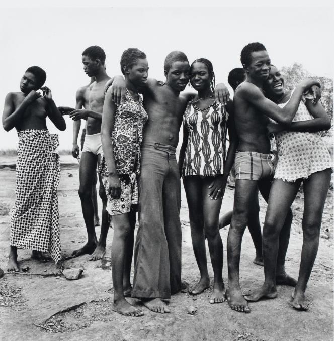 «Les Amis», 1976, Malick Sidibé.