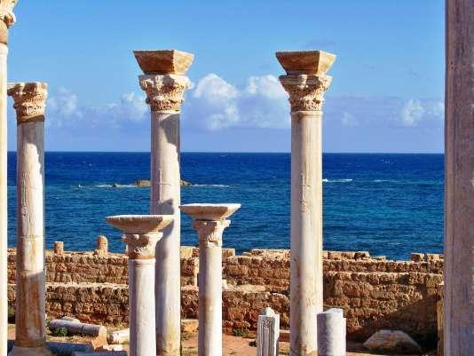 Apollonia,  port de Cyrène. Vue de la basilique.