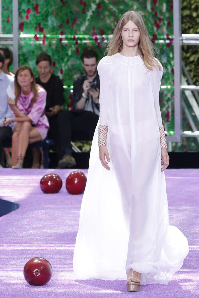 Sofia Mechetner 14 Ans Mannequin Pour Dior
