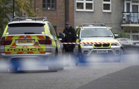 Un Britannique de 40 ans comparaissait lundi 19 octobre pour avoir drogué puis assassiné quatre jeunes hommes à l'Est de Londres