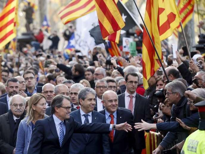 Le président du gouvernement catalan, Artur Mas, à son arrivée au Tribunal supérieur de justice de Catalogne, le 15 octobre à Barcelone.