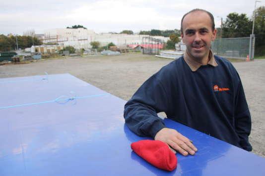 Sébastien Cueff a conservé son bonnet rouge.