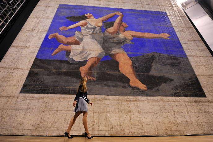 Le prix moyen des œuvres produites dans les deux années qui suivent le décès d'un parent ou d'un ami proche de l'artiste baisse de plus d'un tiers par rapport au prix moyen des œuvres produites avant ou après ce créneau de deux ans (Photo: Rideau de scène signé Picasso, créé en 1924 pour