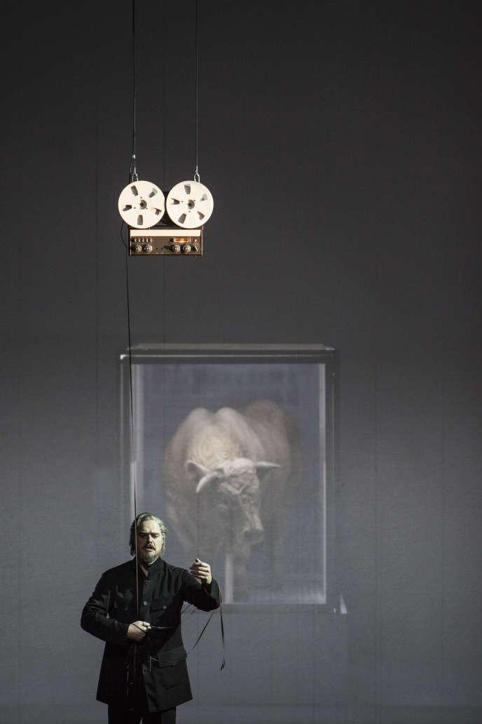 Thomas Johannes Mayer interprète Moïse.