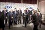 Les PDG des dix grandes compagnies pétrolières présents à Paris vendredi 16 octobre. De gauche à droite: Helge Lund (BG Group), Claudio Descalzi (ENI), Emilio Lozoya (PEMEX), Bob Dudley (BP), Amin Nasser (Saudi Aramco), Patrick Pouyanné, (Total), Eldar Saetre (Statoil) et Josu Jon Imaz (Repsol).