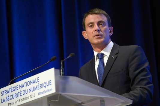 Le premier ministre Manuel Valls à Paris, le 16 octobre 2015.