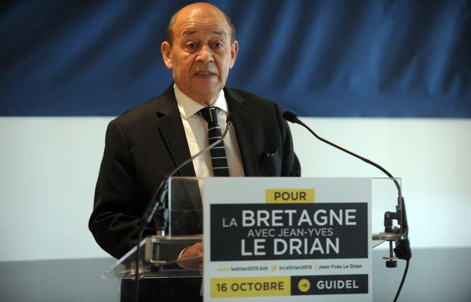 Jean-Yves Le Drian, lors de l'annonce de sa candidature à la présidence de la région Bretagne, le 16 octobre.