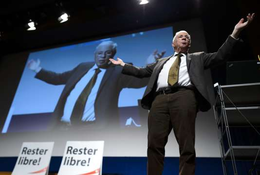 Christoph Blocher lors d'un meeting électoral le 2 octobre à Lausanne en Suisse.