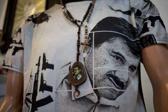 """Une chemise représentant """"El Chapo"""" Guzman, à Mexico le 17 octobre."""