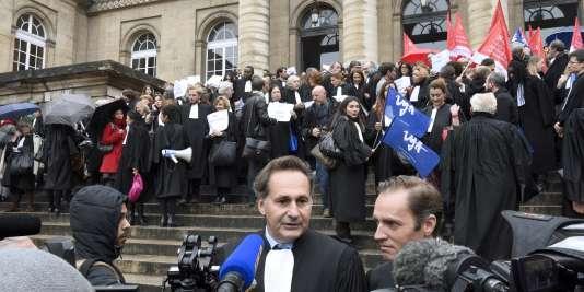 Grève des avocats devant le palais de justice de Paris le 16 octobre.