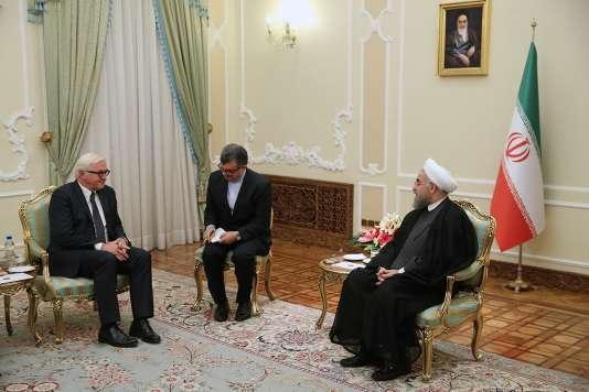 Le président iranien, Hassan Rohani, a reçu le ministre des affaires étrangères allemand, Frank-Walter Steinmeier, à Téhéran le 17 octobre.