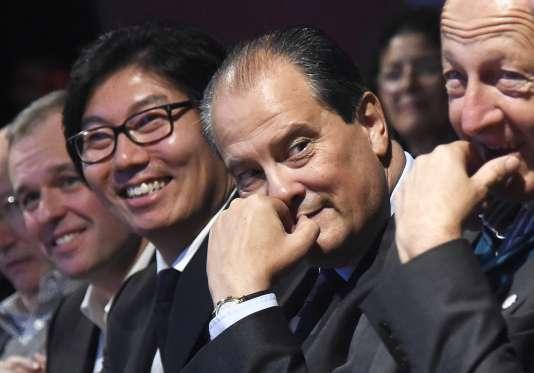 François de Rugy, Jean-Vincent Placé, Jean-Christophe Cambadélis et Jean-Luc Bennahmias au congrès fondateur de l'Union des démocrates et écologistes (UDE) le 17 octobre.