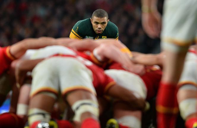 Bryan Habana guette la sortie de mêlée, en quart de finale de la Coupe du monde de rugby, samedi 17 octobre à Twickenham.