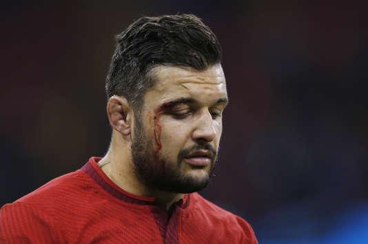 Le Français Damien Chouly, abattu à l'issue du quart de finale de la Coupe du monde de rugby perdu face aux All Blacks, le 17 octobre à Cardiff.