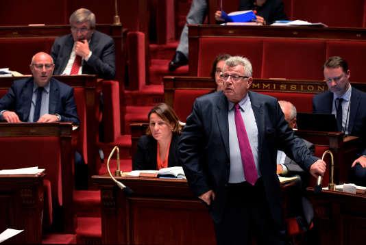 Christian Eckert, secrétaire d'Etat au budget, lors d'une séance sur le projet de loi de finances pour 2016 à l'Assemblée nationale, le 16 octobre.