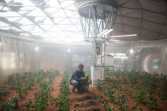 """Matt Damon dans le film américain de Ridley Scott, """"Seul sur Mars"""" (""""The Martian"""")."""