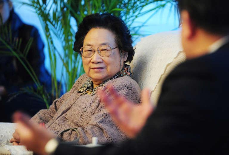 Tu Youyou, première Chinoise à obtenir le prix Nobel de médecine.