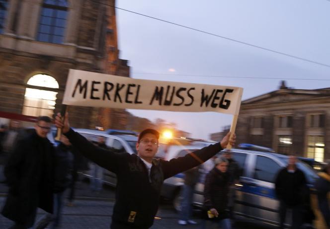 Manifestation anti-immigrés, à Dresden, le 19 octobre.