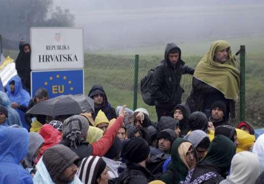 A la frontière entre la Croatie et la Slovénie, lundi 19 octobre 2015.