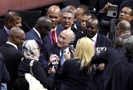 Sepp Blatter, après sa réélection pour un 5ème mandat à la présidence de la FIFA, le 29 mai 2015.