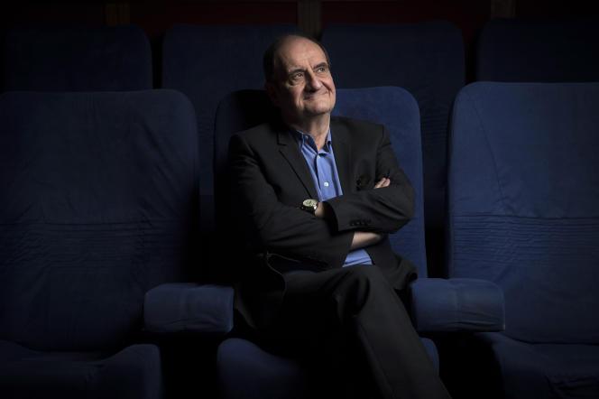 Pierre Lescure, ancien patron de Canal +, associé à Jean-David Blanc, fondateur d'AlloCiné, lancent Molotov.tv, une plate-forme pour regarder la télévision différemment