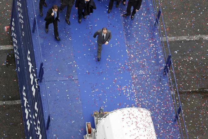 François Hollande auHavre, pour l'inauguration du porte-conteneurs géant « Le Bougainville », le 6 octobre.